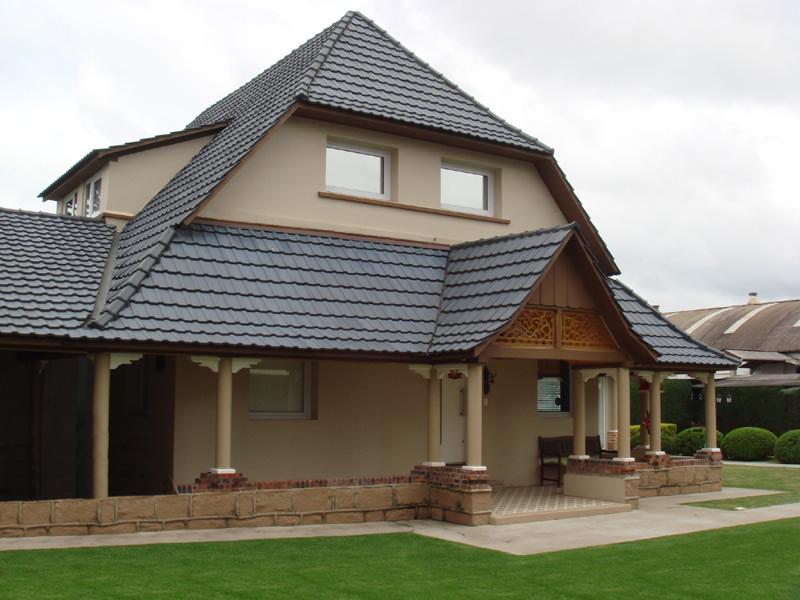 Fotos de telhados de casas coloniais modernas e simples for Fotos de casas modernas simples