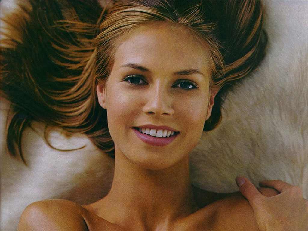 http://4.bp.blogspot.com/_fCAtMdq3Ayo/TUgYQI-KS5I/AAAAAAAACDE/Stwh9Izzo0I/s1600/Heidi-klum.jpg