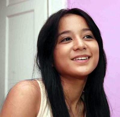 Indo Hot Pic: Juwita Bahar