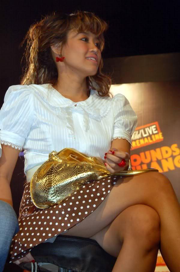 pinkan mambo 3 artis indonesia didakwa murtad fajridil blogspot com ...