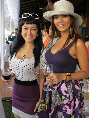 Farah Quinn and Julia Perez