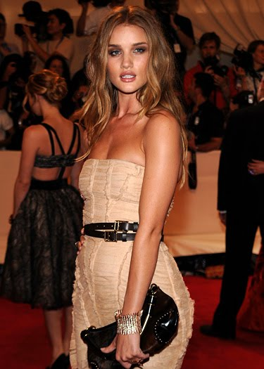 rosie huntington-whiteley hair color. dear rosie