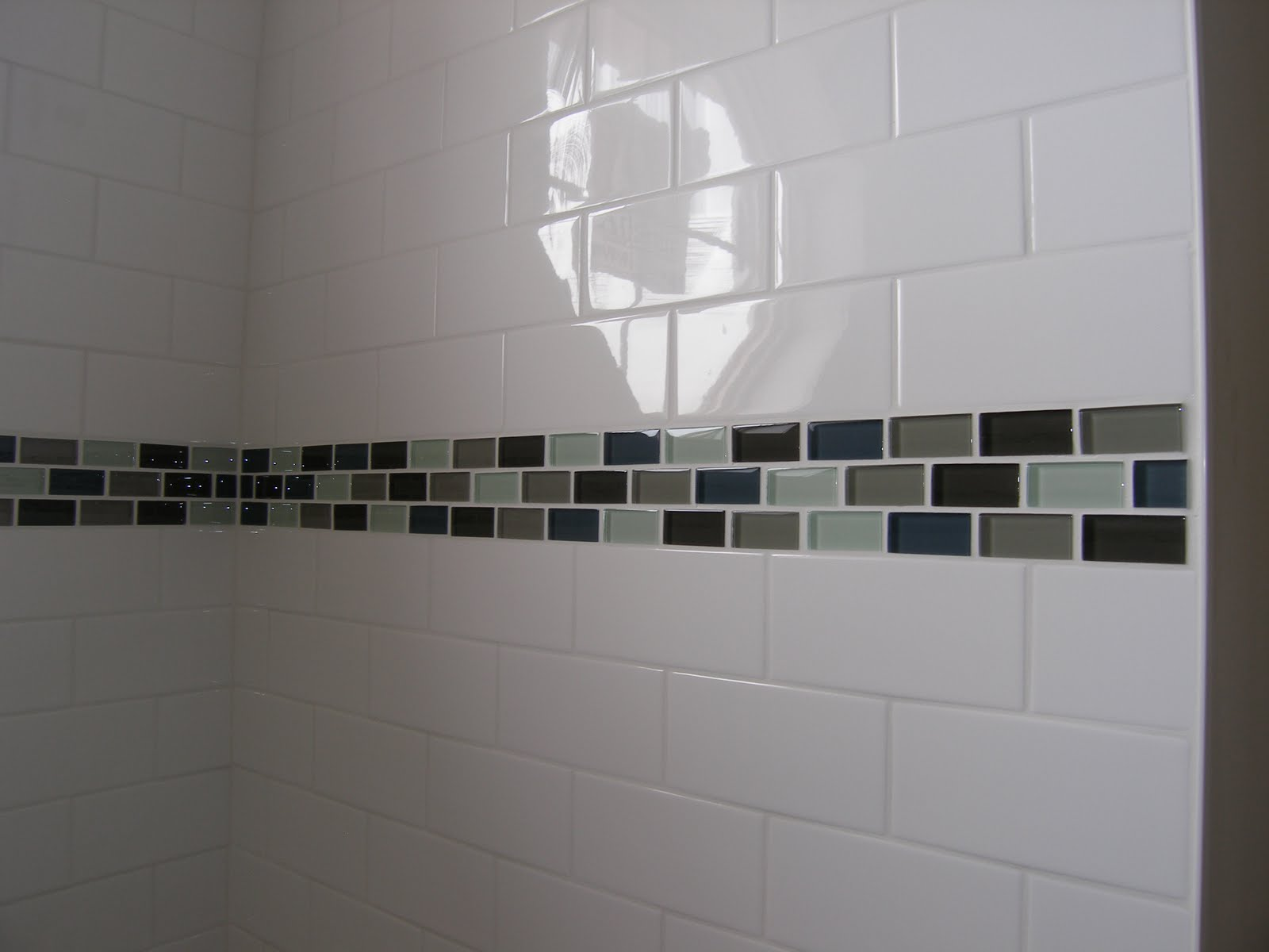 Bathroom wall tile pattern bathroom tile for Bathroom tile designs 2012