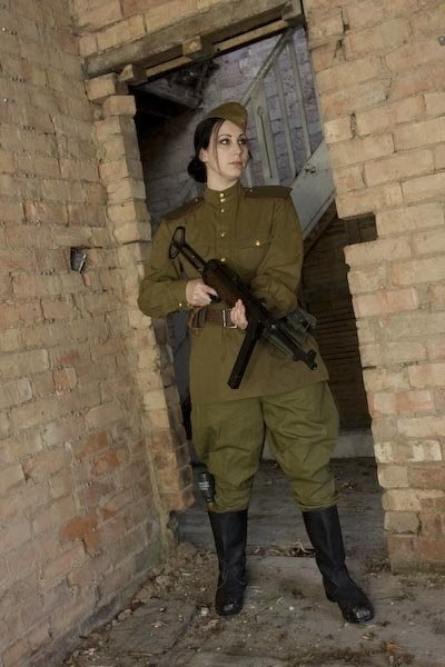DROPSHIP HORIZON: 15mm WW2 Red Army female soldiers | 400 x 600 jpeg 49kB