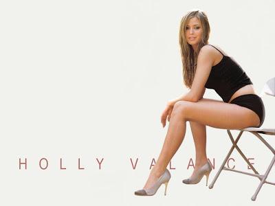 Fun Orange: Beautiful legs of Holly Valance