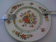 Plat : Agneau accompagné de julienne de légumes croquante et de pommes de .