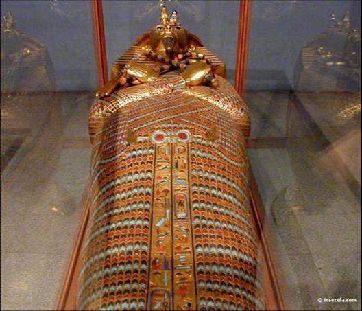 segundo sarcofago tutankamon