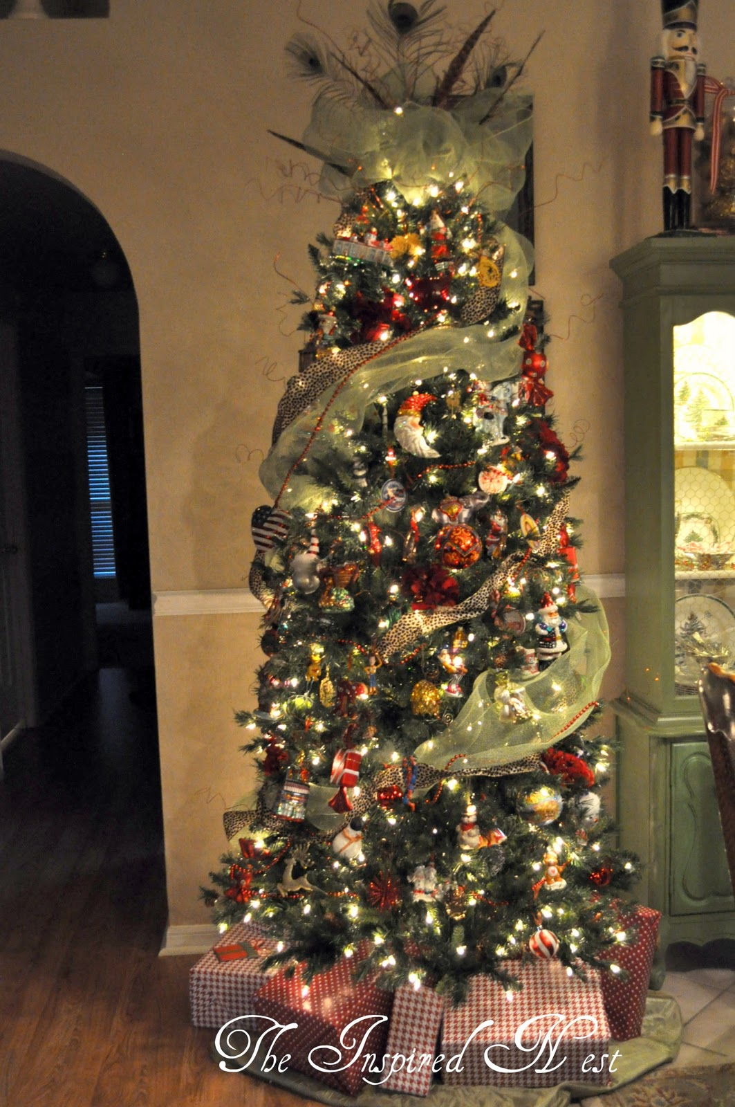 Mesh Ribbon Christmas Tree Topper