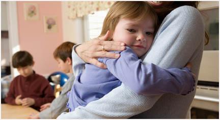 http://4.bp.blogspot.com/_fHlap4Xyurs/TDtDE2cDw2I/AAAAAAAAAA0/p9utESM0GHY/s1600/pelukan-ibu.jpg