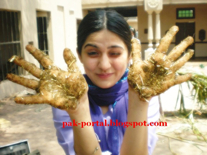 Sanam Baloch Married http://www.showbizpakblog.com/2010/05/on-sets-dastaan.html