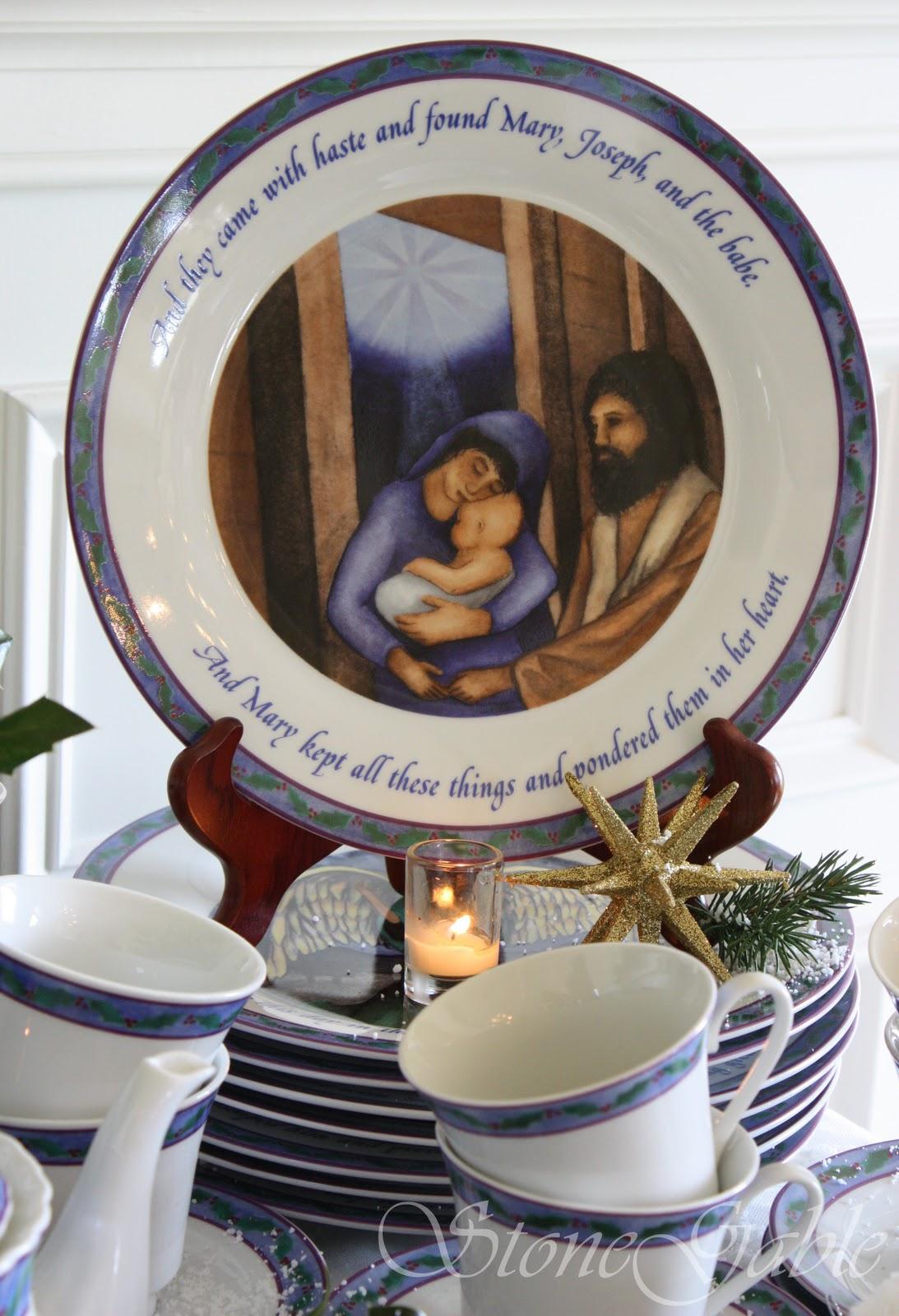 Christmas Dinnerware Giveaway & Christmas Dinnerware Giveaway - StoneGable
