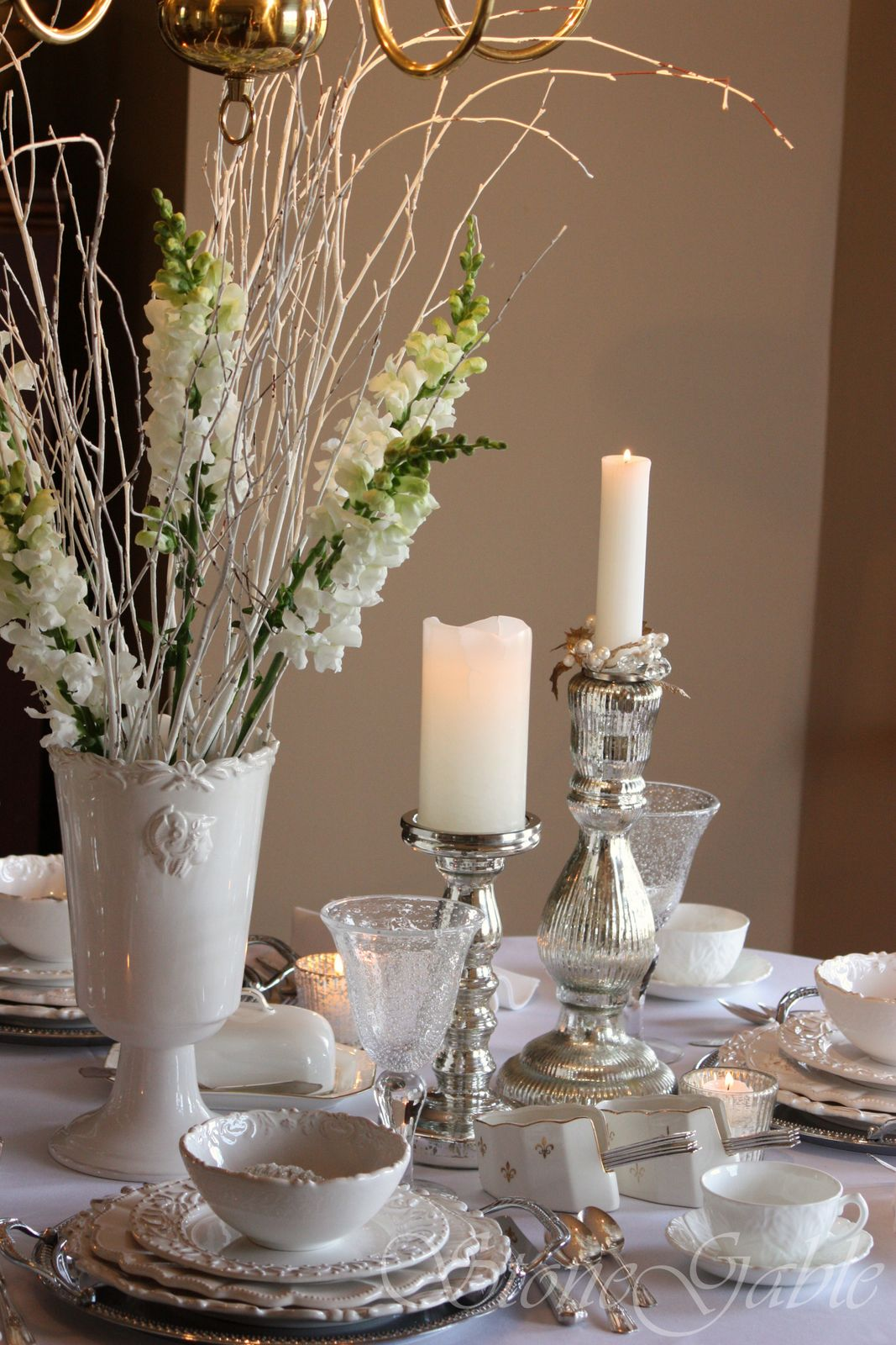 Winter white tablescape stonegable