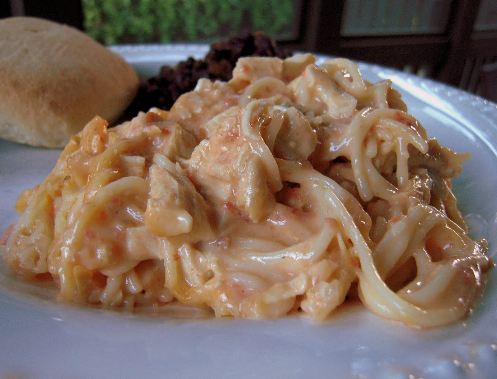Life After the Aisle: {Recipe} Rotel Chicken Spaghetti