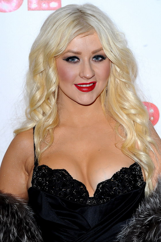 christina aguilera super hot