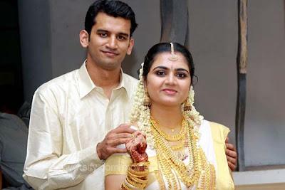 HOT MALAYALAM ACTRESS Malayalam Actress Suja Karthika Wedding Stil