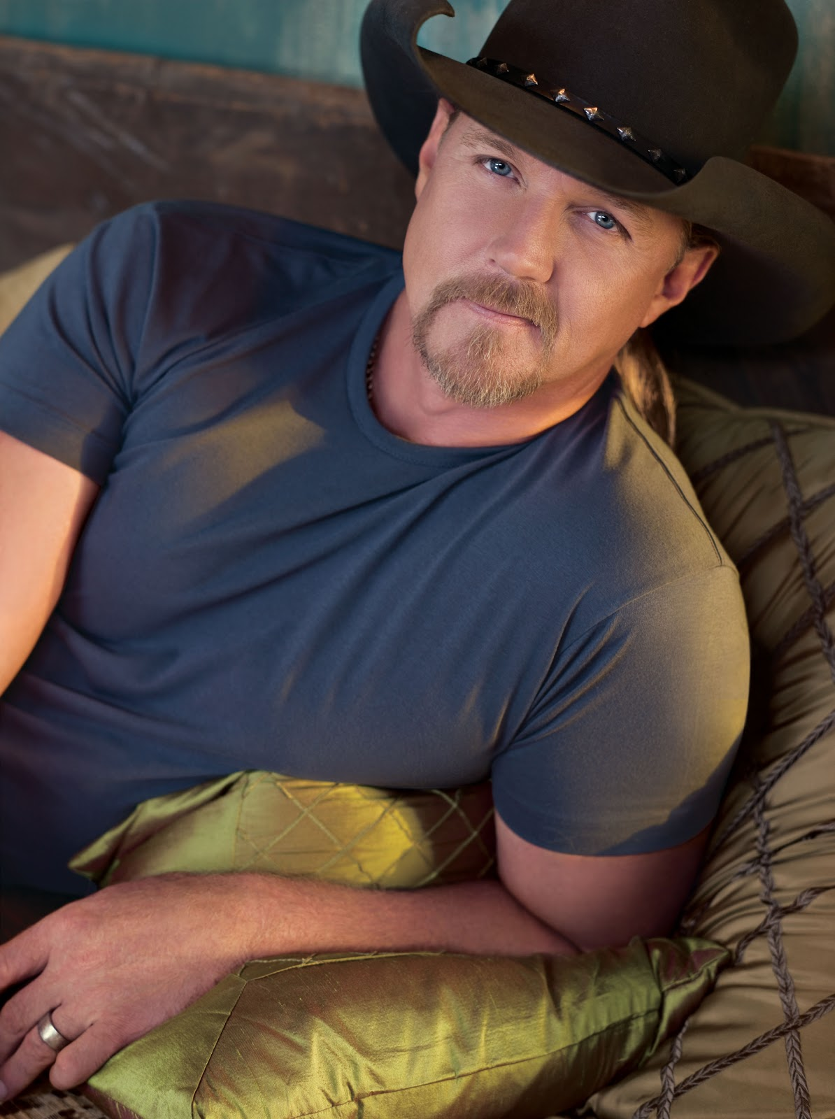 Carter and Nolee's family Trace_Adkins_Publicity_Photo_2