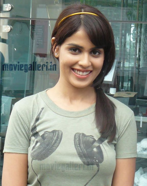 wallpapers of genelia in orange movie