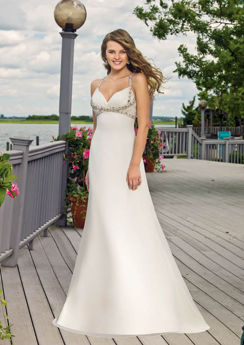 beach wedding dress. celebrity each wedding gowns