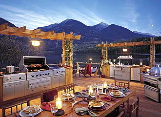 Southern cottages house plans top 5 outdoor kitchens for Viking outdoor kitchen