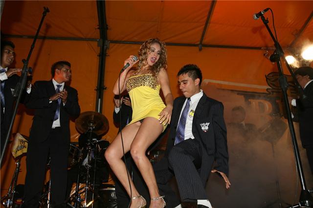 videos gratis de putas peruanas gay al aire libre