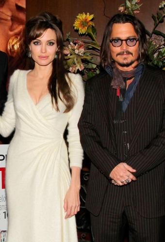 http://4.bp.blogspot.com/_fU7LdRkUMVM/TQff_EfkduI/AAAAAAAADWE/wJxNg46z2pg/s1600/Johnny-Depp-and-Angelina-Jolie.jpg_e_c19fa02e167e37d0905bbf9d87bb8115.jpg