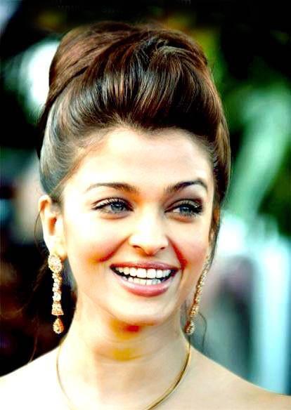 Celebrity Smile 4 U: Brite smile Picture of aishwarya rai ...