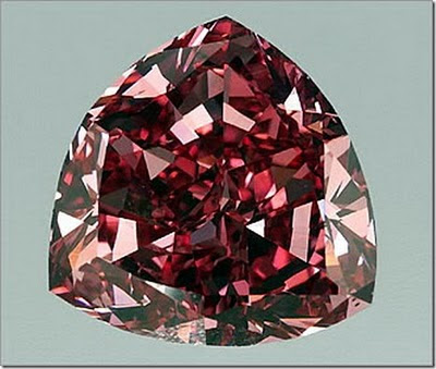 8 Batu Permata Terindah dan Termahal di Dunia