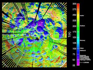 Mapa de temperaturas creado a partir de datos de LRO del polo sur lunar, donde impactó LCROSS