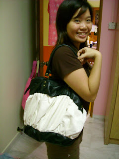 Last but not least, this is a bag from my cuzzie christina! keke It is...