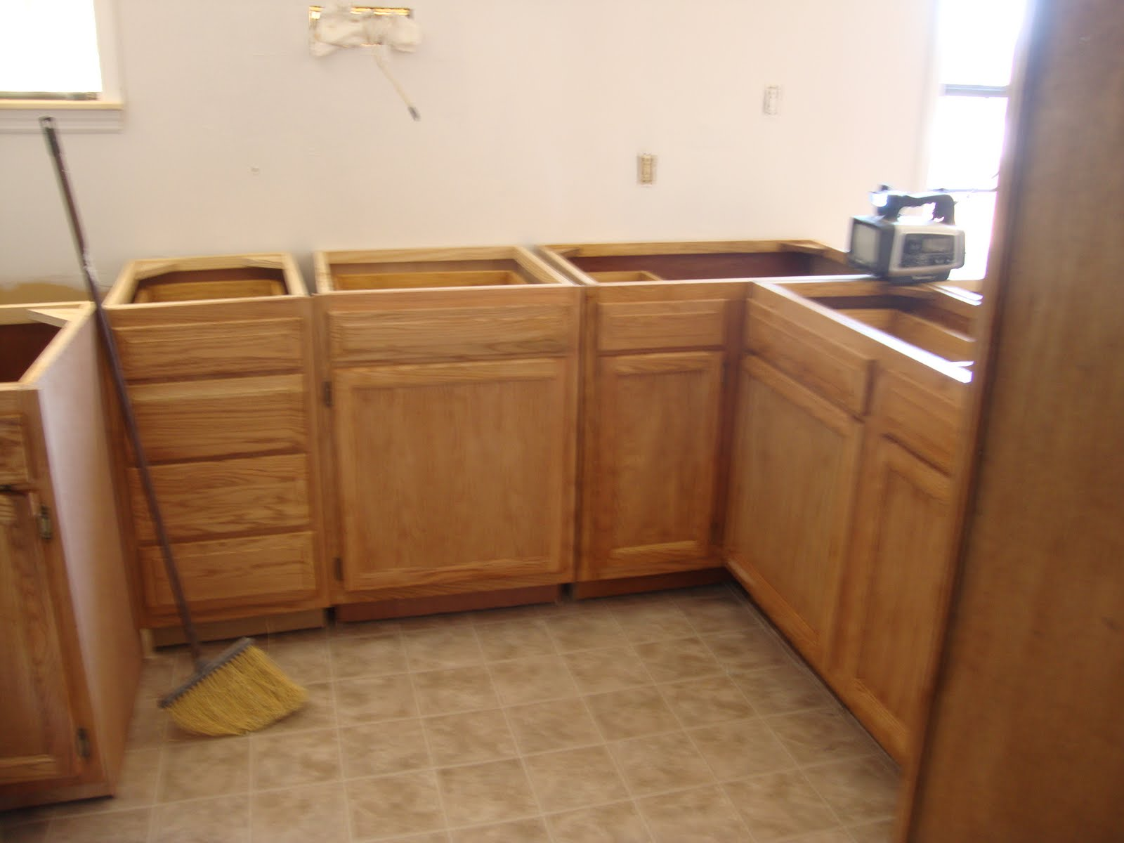 Honey Oak Stain for Kitchen Cabinets