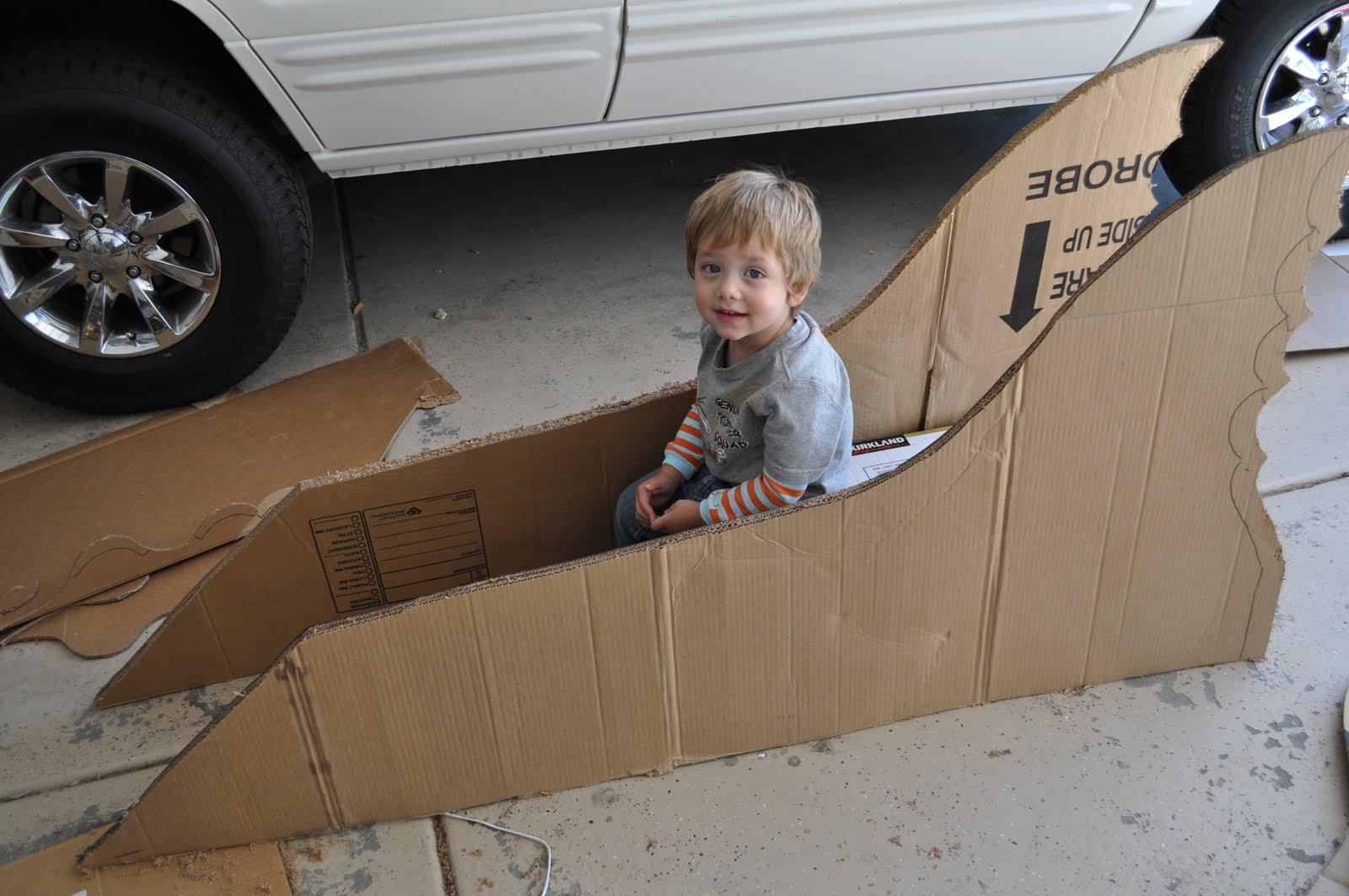 i am momma hear me roar superhero car and reading nook. Black Bedroom Furniture Sets. Home Design Ideas