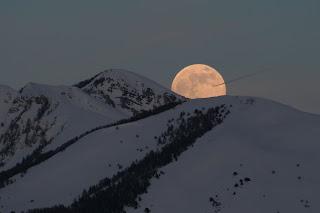 luna mas grande 2009