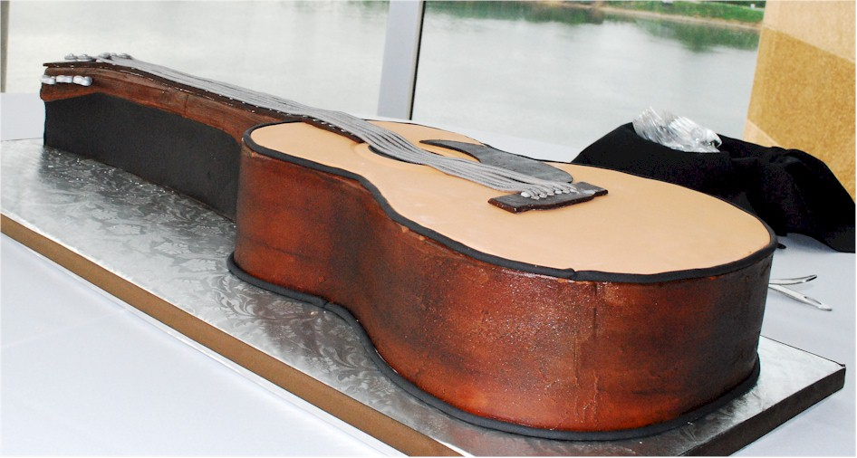 Cup a dee cakes blog acoustic guitar grooms cake acoustic guitar grooms cake maxwellsz