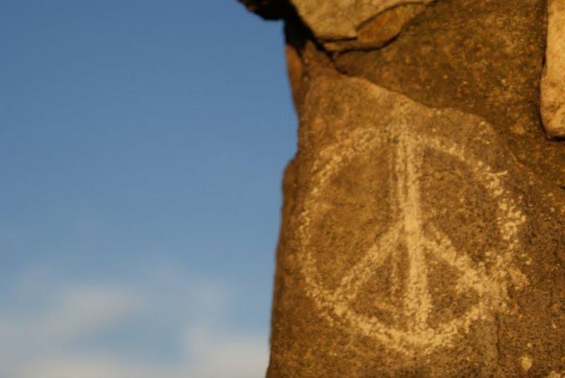 simbolos de amor y paz. paz e amor. simbolo paz e amor