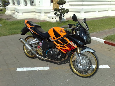 Cbr 150 Modified Honda Cbr 150 Thai Style
