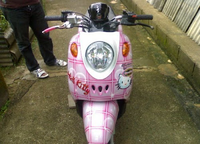 Yamaha Fino hEllo Kitty Modified