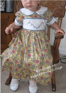 CROCHETED DRESS GIRL LITTLE PATTERN | FREE PATTERNS