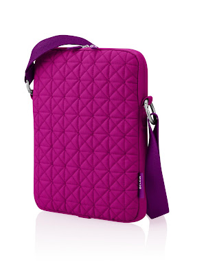 Pink Laptop Case: Belkin Mini Laptop Quilted Case