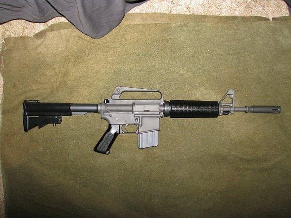 Guía rápida para distinguir los Colt correctos en Vietnam SON_TAY_GAU_5A_CAR15