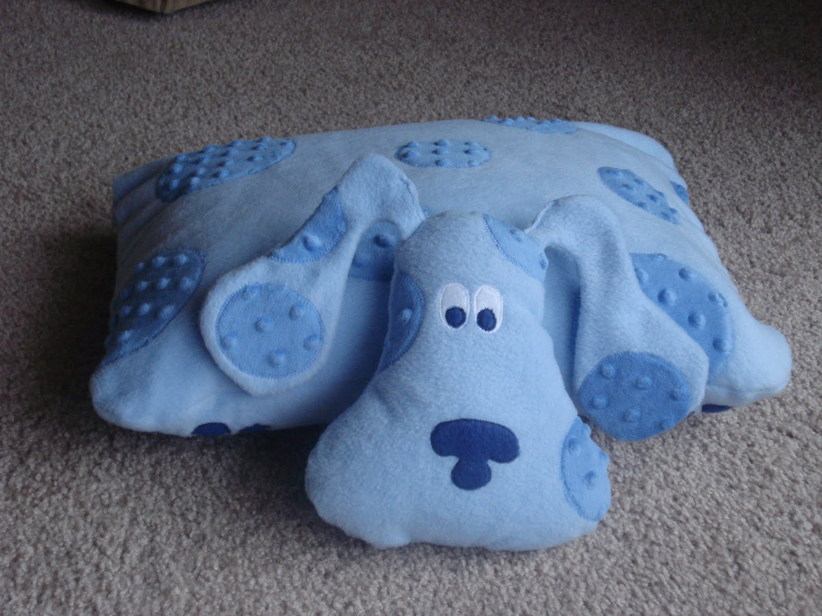 chambers girls u0027 crafts blue u0027s clues pillow