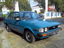 COROLLA DX 80 Dolphin Blue