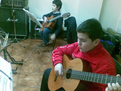 Raúl Rey Gayoso y Xoel Abelairas Piñeiro (Matrícula de: 05/12/08).