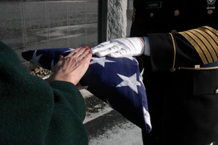 [Military+funeralJPG]