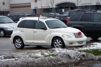 PT Cruiser im Rudy-The-Reindeer-Look © Franz Gingl