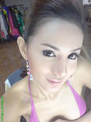 Foto Hot Gadis Putih Mulus Menggairahkan - http://lintasjagat.blogspot.com/