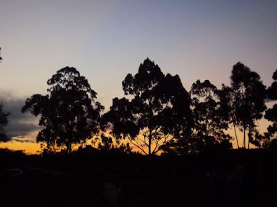 carrancas camping acampamento por do sol viajando sem frescura