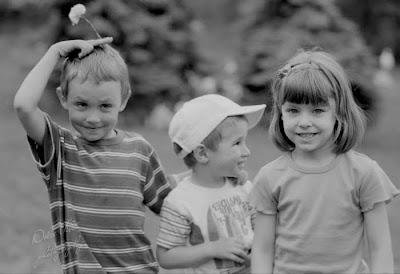 Детский фотограф 0442277697 Киев. Черно белое фото детей