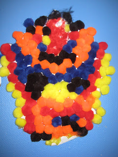Disguise a Turkey http://kindergartenscotties.blogspot.com/2009/11/disguise-turkey-mrs-marquezs-class.html