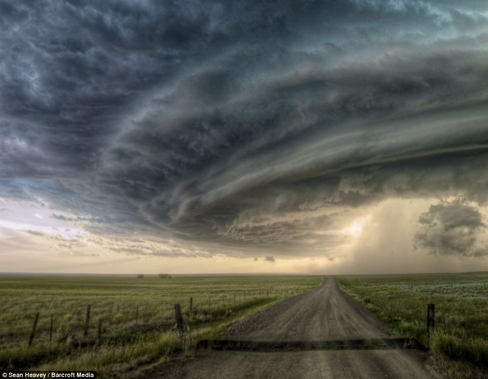 awesome storm pictures