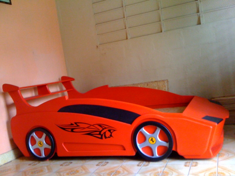 Pin cama carro ferrari infantil bsf mercadolibre pictures - Cama coche infantil ...